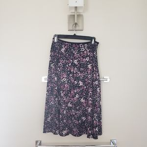 Casual Corner black flower patterned skirt, size S